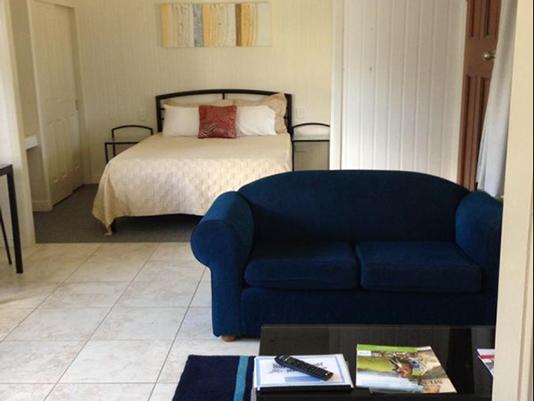 Bedroom at Morgan Park - Horsepower Hilton