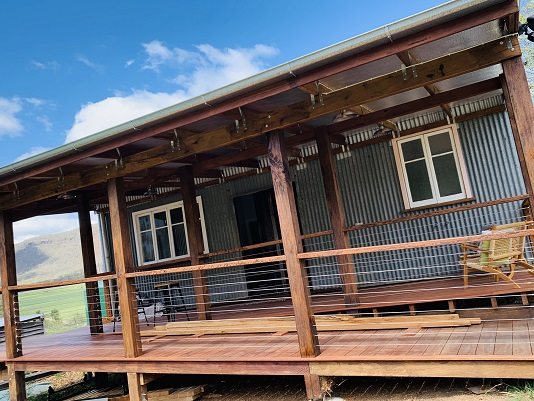 Balcony at the Grain Shed Retreat in Goomburra