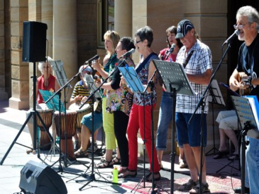 Ukele group at Jazzy Breakfast at Jumpers & Jazz Festival